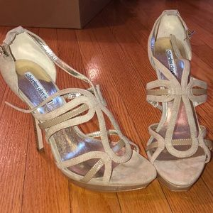Brand new nude Charles David sandals size 8